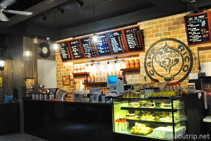 マクタン島のWIFIが使える穴場のおすすめカフェ!!