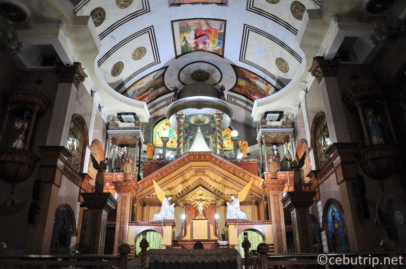 願いが叶う?奇跡を起こす「シマラ教会(Simala Church)」