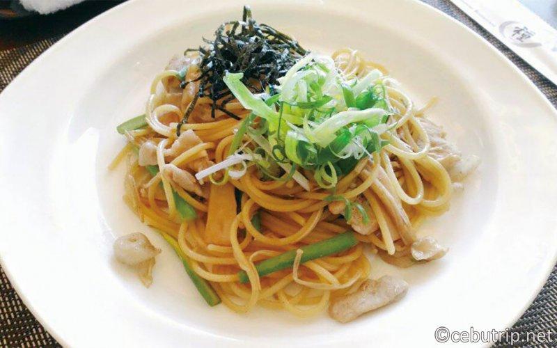 """リゾートエリア""""マクタン島""""に2店舗展開する日本食レストラン「種~TANE~」"""