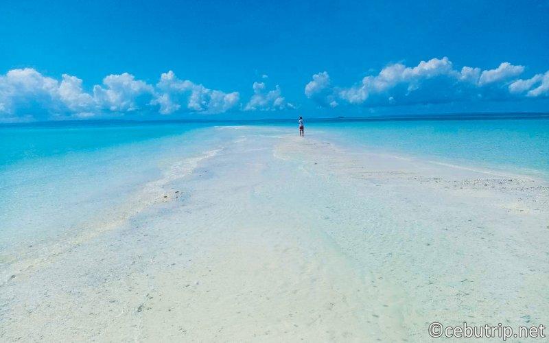 幻の島カランガマン島&マラパスクア島日帰りツアー(昼食付・送迎無料)