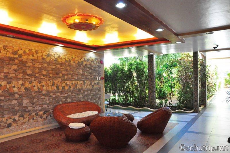リーズナブルで日本人リピーターが多い宿泊施設「ココナッツペンションハウス」。長期滞在にもおすすめ!!