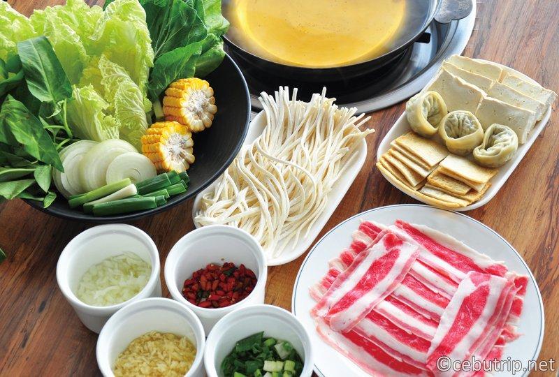 サムギョプサル・しゃぶしゃぶが美味しい『パール(PEARL MEATSHOP&RESTAURANT)』