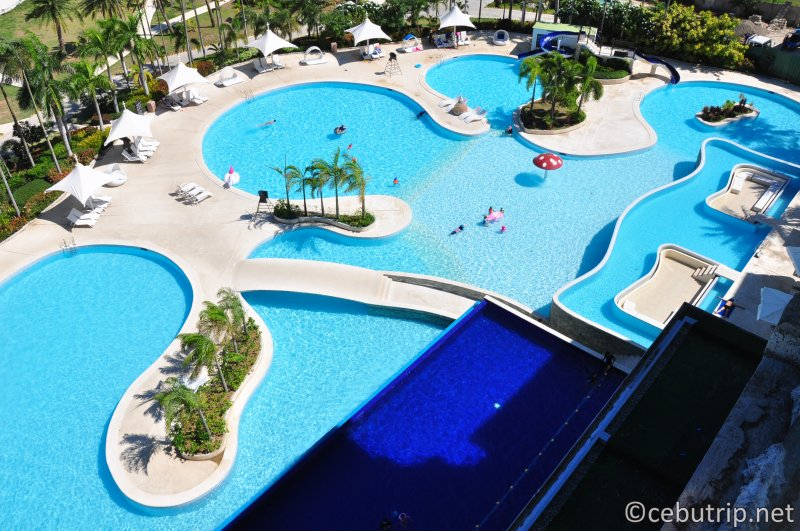 solea-resort-mactan-pool-lagoon-infinity-six