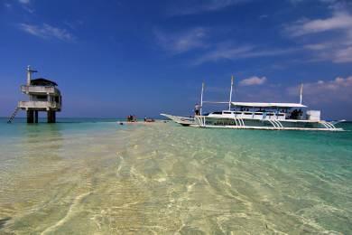 Plan an Affordable Cebu Island Tour with Charlie Tour