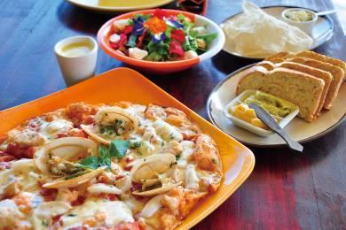【ボホール】こだわりのオーガニックレストラン「ビーファーム」アイスクリームも大人気! #1