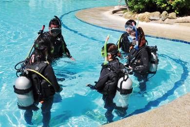 Get Scuba Certified! Exploring New World Under Water!! #3